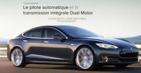 Une nouvelle version de la Tesla Model S avec deux moteurs pour une traction intégrale.