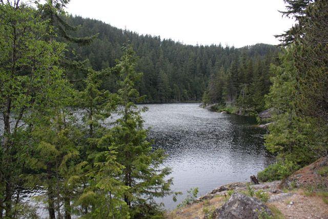 Brohm Lake (Intermediate). Time: 5 hr Distance: 7.5 km. Elevation Gain: 100 m.