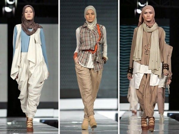 Hijab Fashion Style Trends   I LOVE the style.. So perfect !
