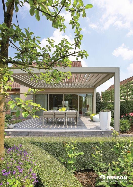 Renson Camargue lamellen terrasoverkapping, super stijlvolle oplossing voor uw terras. De lamellen zijn naar wens te bedienen. www.denkit.nl