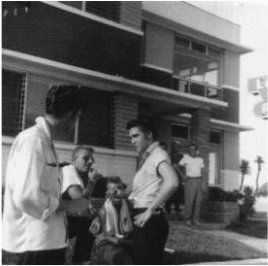 ♡♥Elvis Presley 21 relaxes at the Copacabana motel in Daytona Beach,Florida on Aug 9th,1956♥♡
