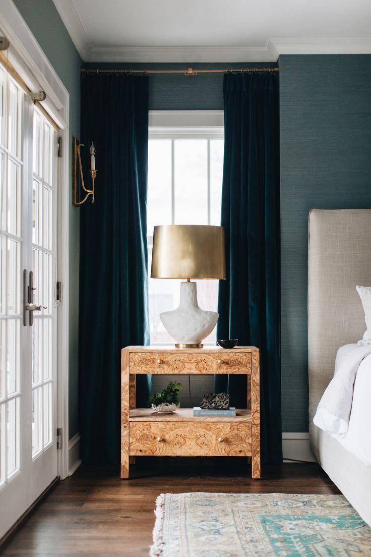 Best Burlwood Nightstand Burled Wood White Lamp With Brass 640 x 480