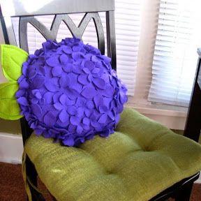 Нежные подушки для приятного отдыха  ✂ #подушка #подарок #своимируками #сделай_сам #handmade