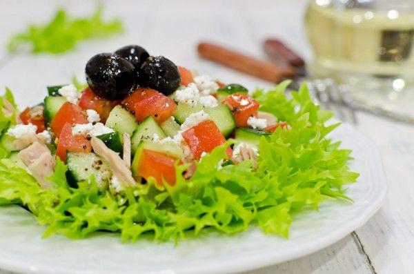 Салат из тунца, ссылка на рецепт - https://recase.org/salat-iz-tuntsa/  #Вегетарианскиерецепты #Диетическиерецепты #Рецептыдлядиабетиков #Рецептыпраздничныхблюд #Салаты #блюдо #кухня #пища #рецепты #кулинария #еда #блюда #food #cook
