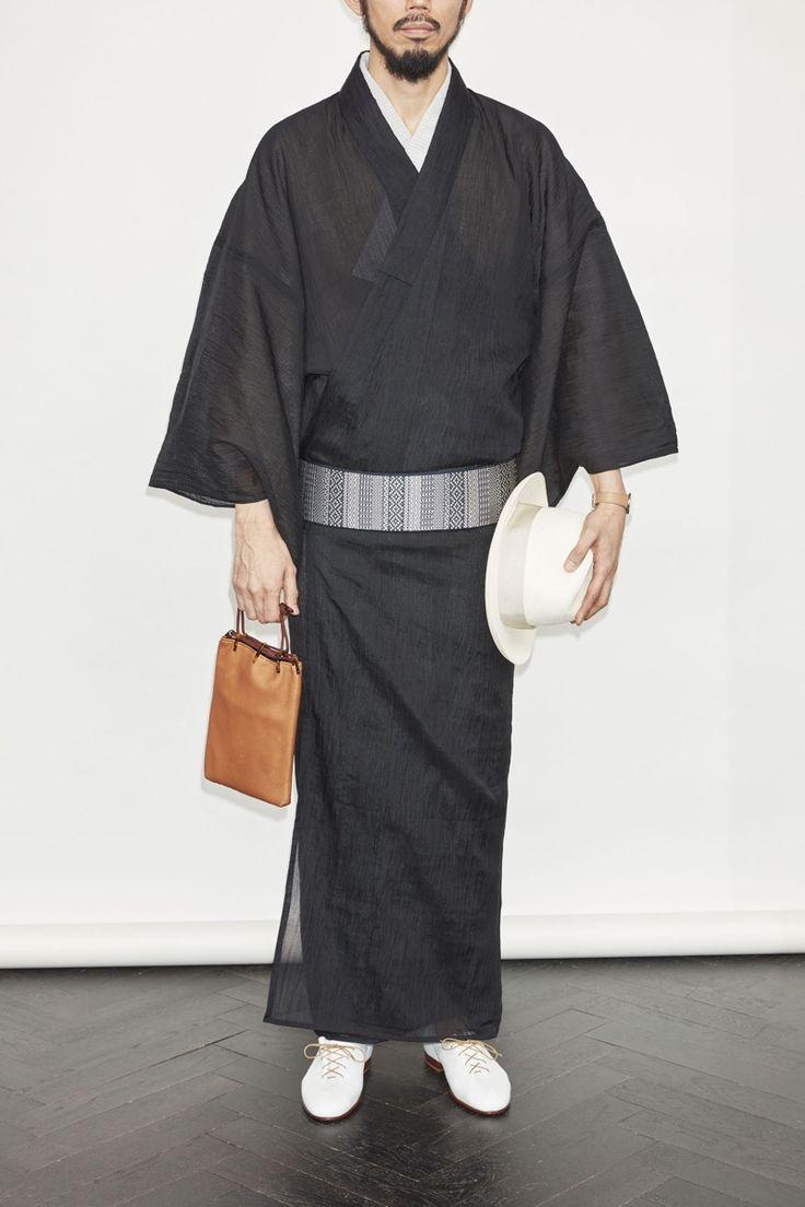 2015年3月に東京・神田にオープンしたメンズ着物専門店Y.&SONS(ワイ&サンズ)が2016 S/Sコレクションを発表しました。[gallery…