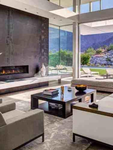 Midcentury modern home in Portland embraces indoor-outdoor living