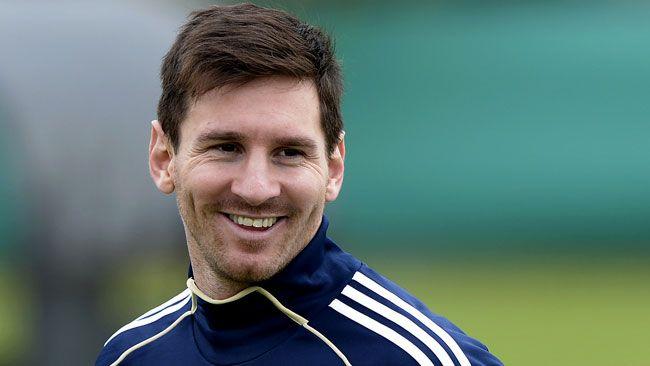 Résultats de recherche d'images pour «coupe de cheveux soccer»
