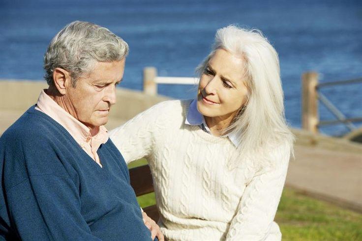 La hidrocefalia puede confundirse con demencia en personas de edad avanzada.
