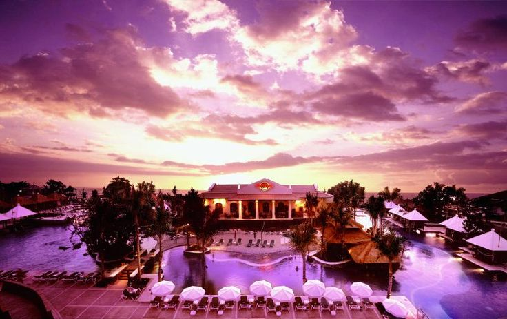 Hard Rock Hotel, Bali, Indonesia, holiday with friends, so much fun, sun & alcohol consumed @Karen Ford