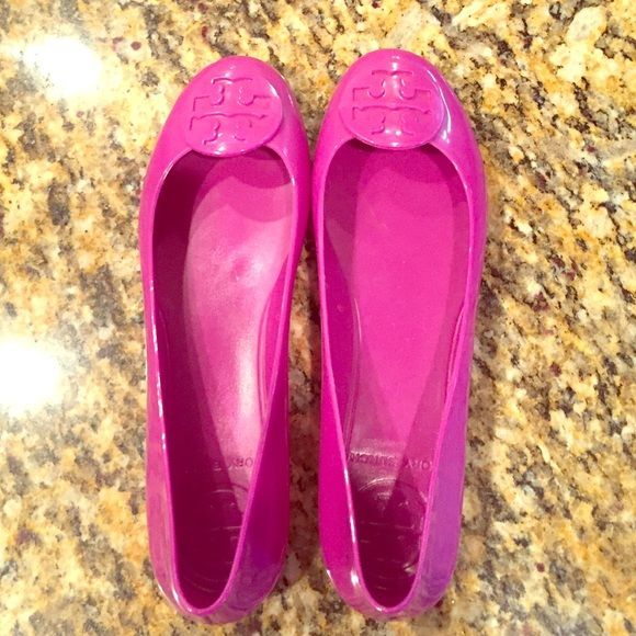 Tory Burch Jelly Flats Authentic Tory Burch Jelly Flats (waterproof) I  Believe but fits like a Tory Burch Shoes Flats & Loafers