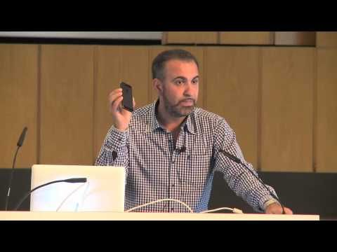 ▶ Entrepreneurship Summit 2013 in Berlin: Ibrahim Evsan - Ich lebe Social Media - YouTube