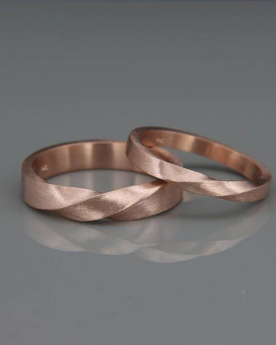 ✿ DIE JUWELEN Handgefertigten massiv 14k rose Gold sein und ihrs Mobius Hochzeit Ringe gesetzt. Trauringe ist ein Schmuckstück, die Sie am meisten zu tragen. Daher sollte das Design zusammen mit allem gehen, die Sie tragen, aus einem Cocktail-Kleid zu Ihrer lässigen Outfit. Diese