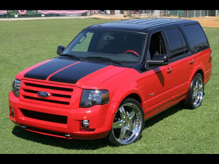 Custom Ford Expedition Interior | FORD AND FUNKMASTER FLEX MUSCLE IN HOT NEW EXPEDITION