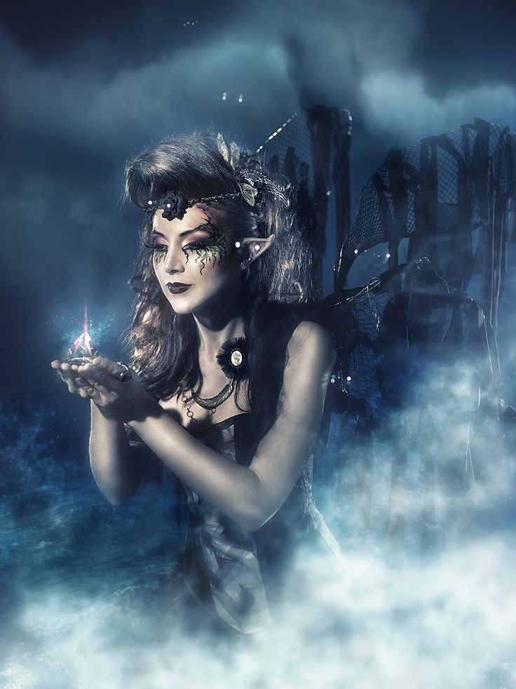 The secret of the ocean by *RebecaSaray on deviantART