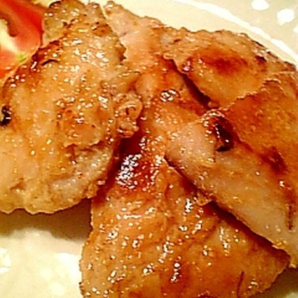 しっとり香ばしい鶏むね肉のにんにく味噌焼き♪