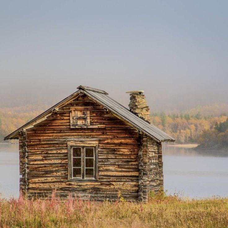 The old church hut village Utsjoki is perfect spot for photographers. It's only 438 kilometres north from the Arctic Circle. #exploreinari #tripadvisor ##onlyinlapland #seetheworld #passionpassport
