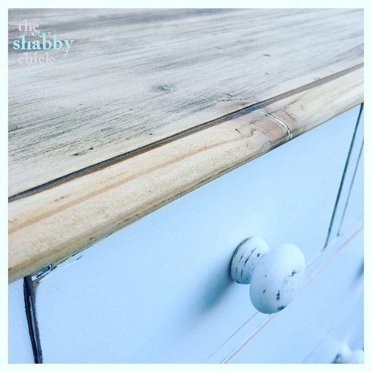 Listing this rustic tallboy soon #theshabbychick #shabbychic #furniture #furniturepainting #paintedfurniture #handpainted #tallboy #drawers #white #chalk #chalkpaint #wax #home #style #design #interiordesign #interior #home #homedecor