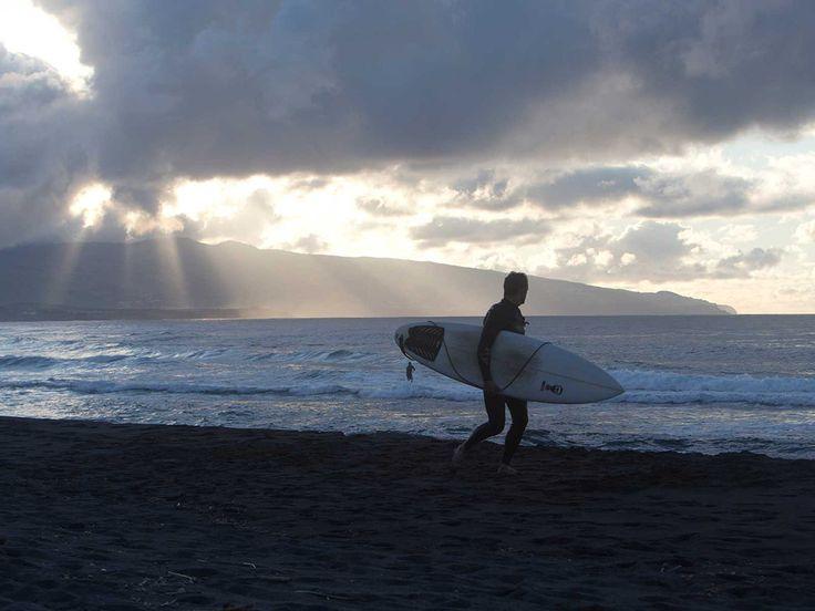 Garrett McNamara é o protagonista da série de vídeos promocionais do Turismo de Portugal. Em cada episódio, o surfista norte-americano mostra o melhor que cada região do país tem para oferecer, entre surf, paisagens deslumbrantes e rasgados elogios.