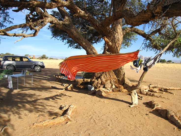 Drying laundry in a desert wind