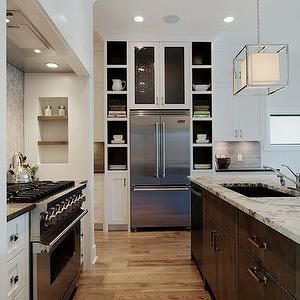 Crown Molding Over Kitchen Countertops With Vents