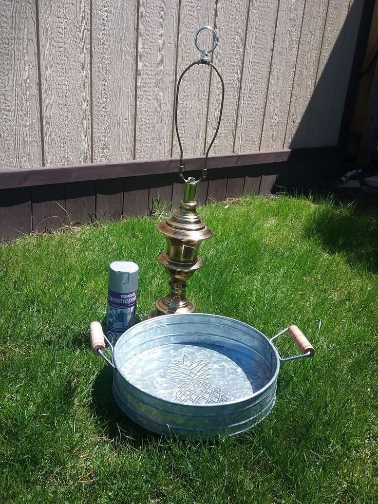 Lamp base turned birdbath! From old to gold in a matter of hours! #DIY #crafts #bird #upcycling