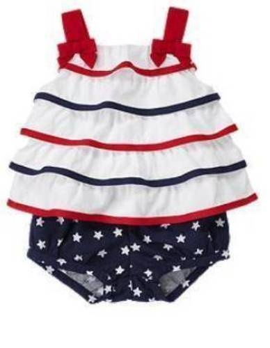 This was Charlottes first 4th of July outfit thanks to her trendy Aunt Laura:)