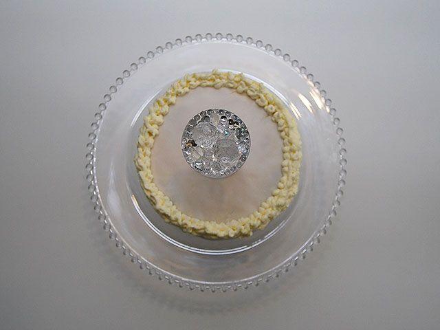 Humua -kaikkien juhlien ideapankki » DIY- Kimallusta kakun päällä
