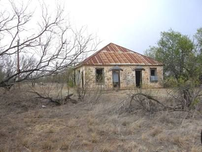 Grayback tx abandoned rock house old houses for Cost to build a house in little rock