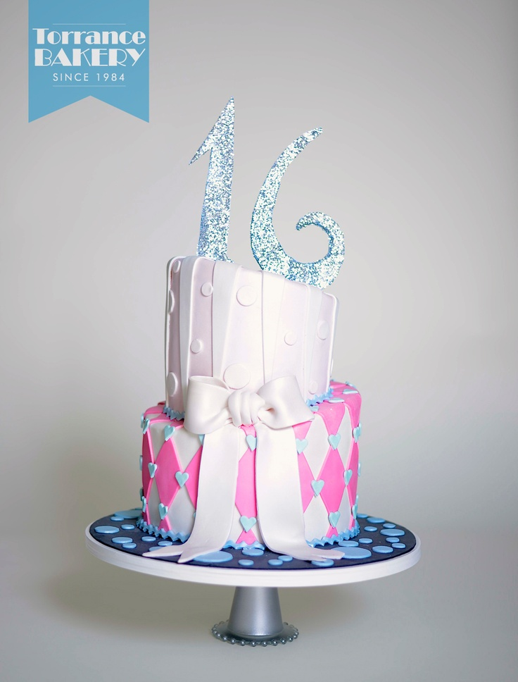 Is your teen a little topsy-turvier than others? Get a sweet 16 cake that matches her unique personality!