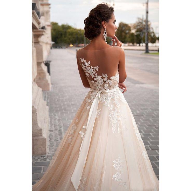 Brautkleid Orella mit Spitze