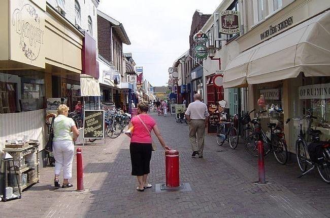 Geldersestraat Geldermalsen (jaartal: 2000 tot 2010) - Foto's SERC