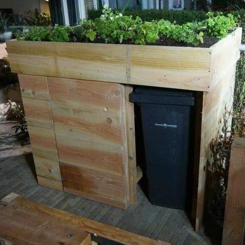 ombouw voor kliko 39 s met als dak een kruidentuin afvalbak kliko kruidentuin ombouw. Black Bedroom Furniture Sets. Home Design Ideas