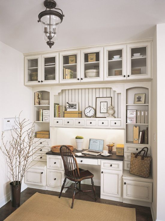 Traditional Home Office built-in. Instead of the useless closet in the sunroom? Yessss!!