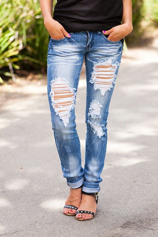 MACHINE JEANS   lucky magazine contributor,fashion blogger,lovefashionlivelife,joann doan,style blogger,stylist,what i wore,my style,fashion diaries,outfit,shopconctd,tee,distressed denim,phillip lim,street style,casual chic,how to wear denim
