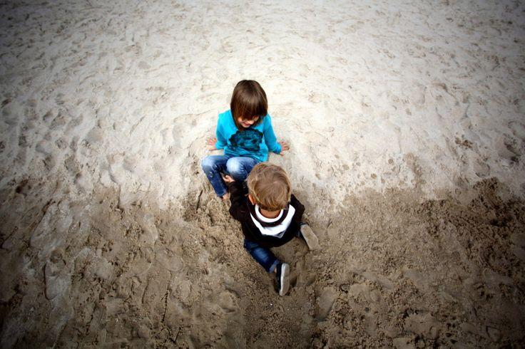 Rodzeństwo. Rodzeństwo. Simblings. #seaside #beach #simblings #baltic #bałtyk #poland #polska #visitpoland #polandtravel #seeuinpoland