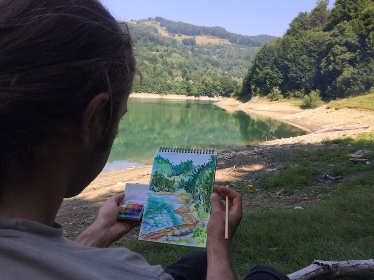 Watercolor sketching at Paltinu lake