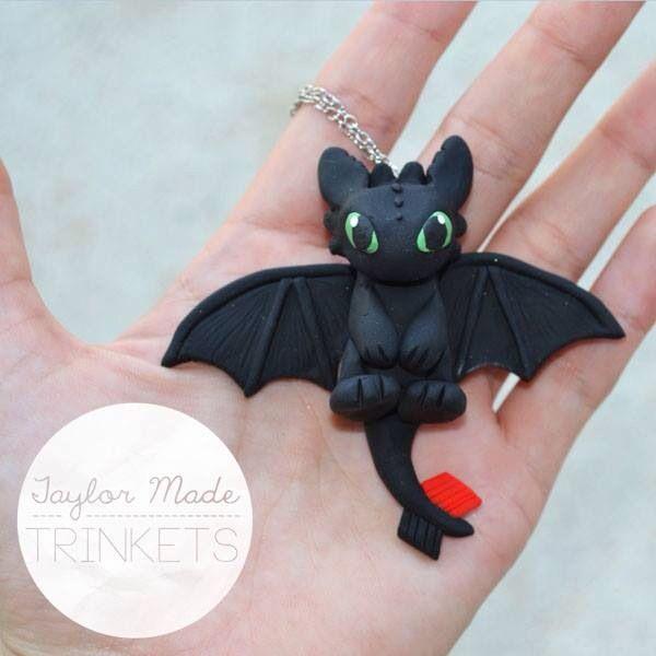 Cómo entrenar a tu dragón Chimuelo / How To Train Your Dragon Toothless