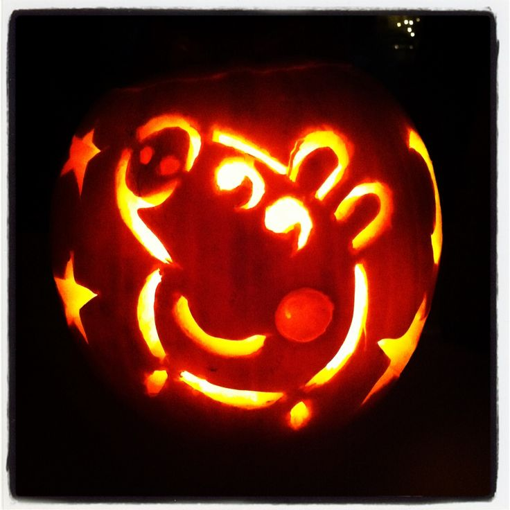 Peppa pig pumpkin finally carved out!