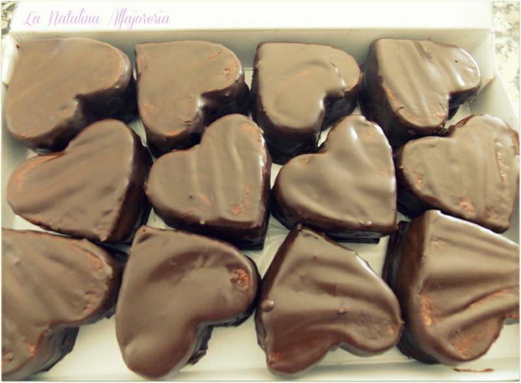 Alfajores de Chocolate ideales para regalar en el .....Día de los enamorados!