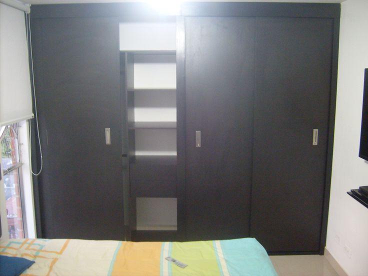 Cclosets modernos para todos los espacio encuentralos en www.galeriatendencias.com informes 3124749454
