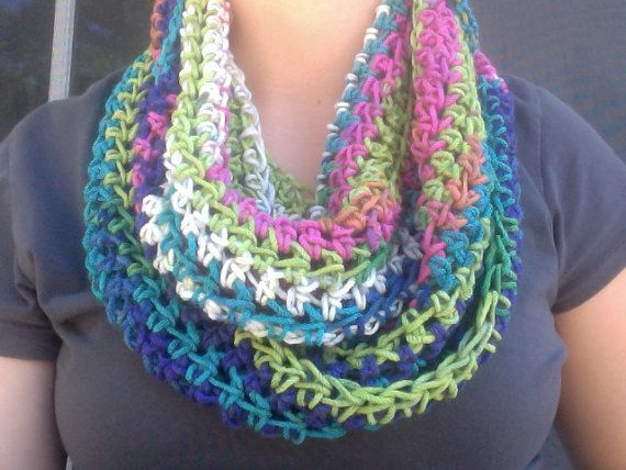 Crochet Multiple Colors : Multi-Color Crochet Infinity Scarf ;; wanna make one ^_^