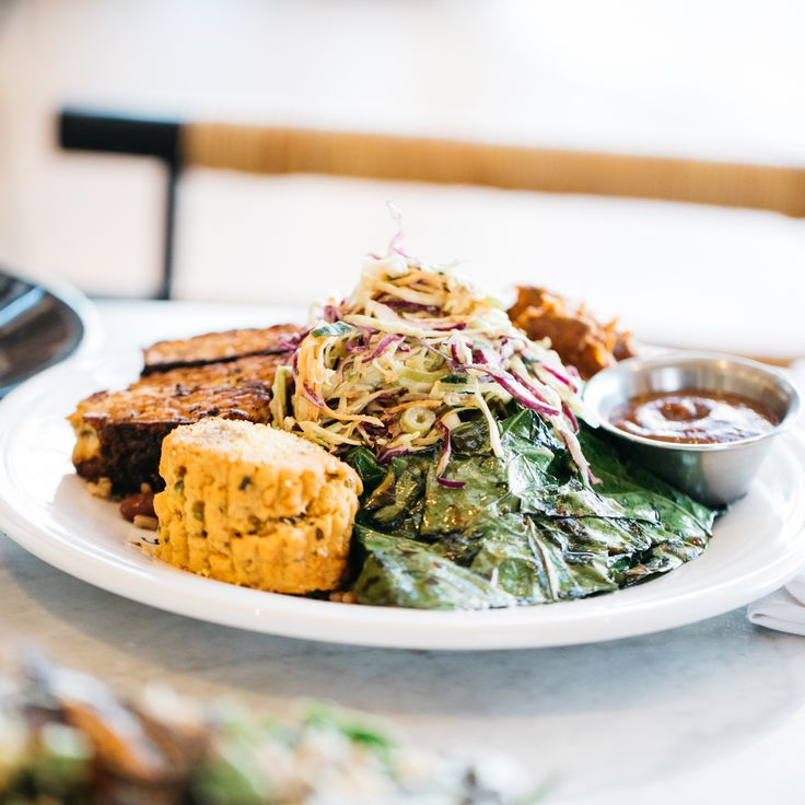 Cafe Gratitude: The New Scene for Socially Conscious Cuisine