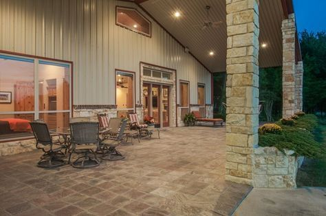 Escape Ebola With This: A Dang 4200 Square Foot Barndominium With ...
