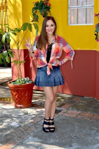 Sherlyn González en la presentación del elenco de la ...