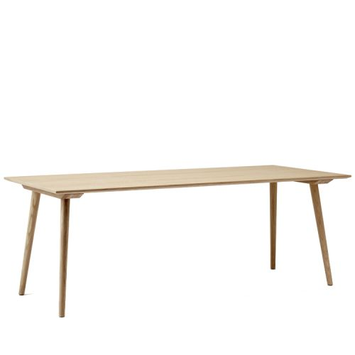 &Tradition In-Between -Dining Table