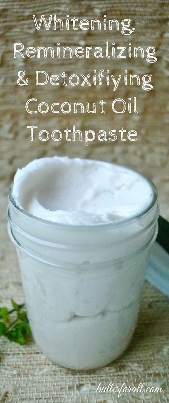Whitening, Remineralizing And Detoxifying Coconut Oil Toothpaste