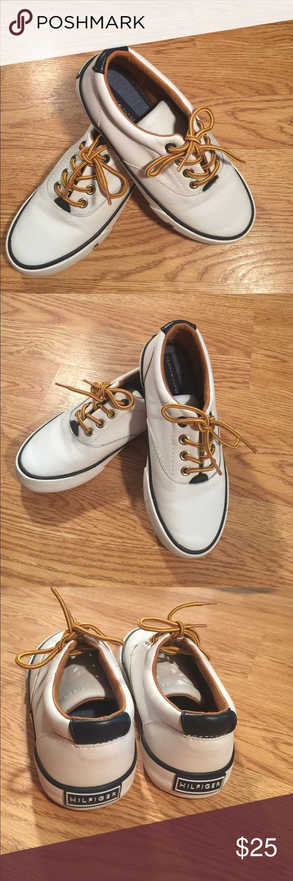 Tommy Hilfiger Dennis Oxford 13y Excellent condition my they hurt my sons feet so he only wore them once. These are a 13 youth! Any questions please ask! Tommy Hilfiger Shoes Sneakers