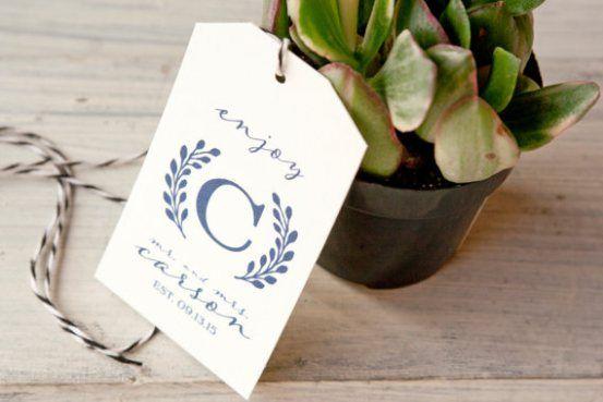 handmade wedding favor tags   via http://emmalinebride.com/favors/handmade-wedding-favor-tags/