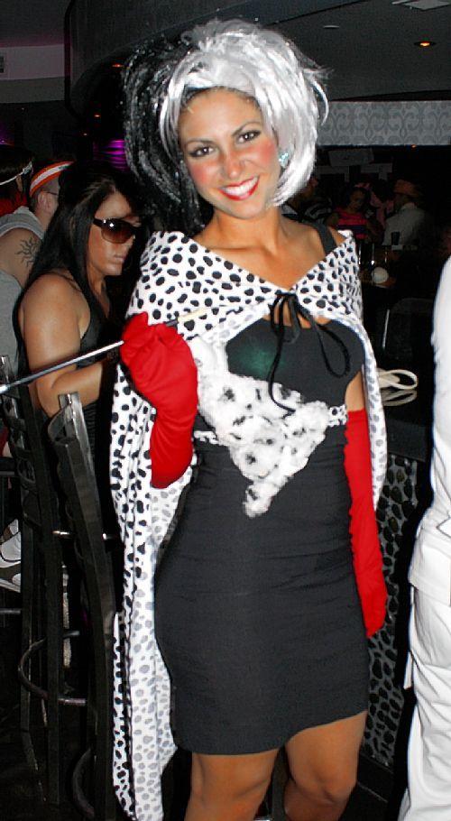cruella deville costume pictures