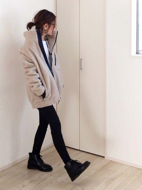 Cape HEIGHTSのその他アウターを使ったmayumiのコーディネートです。WEARはモデル・俳優・ショップスタッフなどの着こなしをチェックできるファッションコーディネートサイトです。